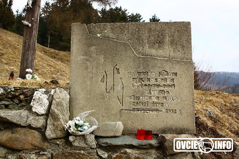 Na tomto mieste stál hostinec, v ktorom boli zákernou fašistickou mínou zabití štyria sovietski ženisti