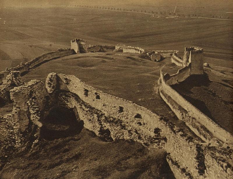 spissky hrad pred rekonstrukciou